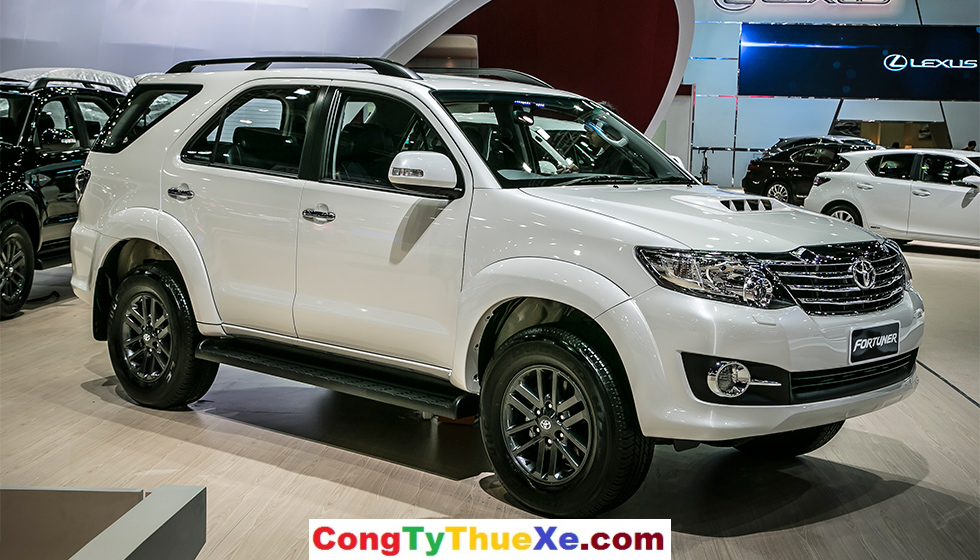 xe-toyota-fortuner-1
