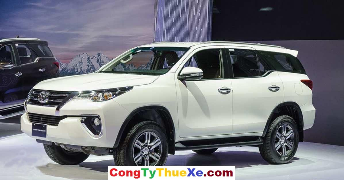 Thuê xe Toyota Fortuner 2017