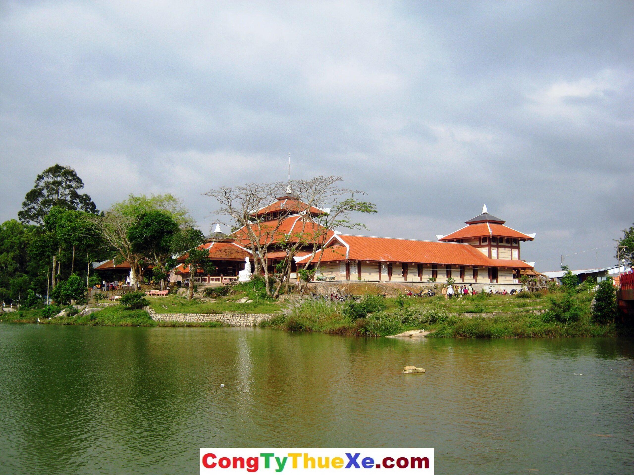Chùa Phật Lớn Núi Cấm