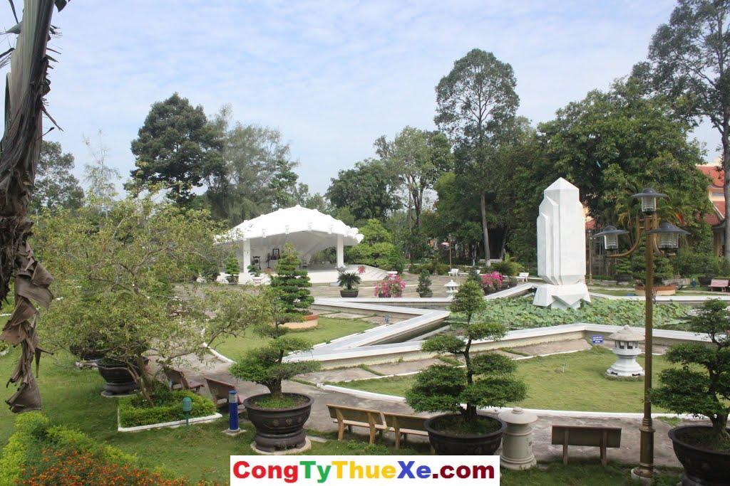 Khu mộ Cụ Nguyến Sinh Sắc