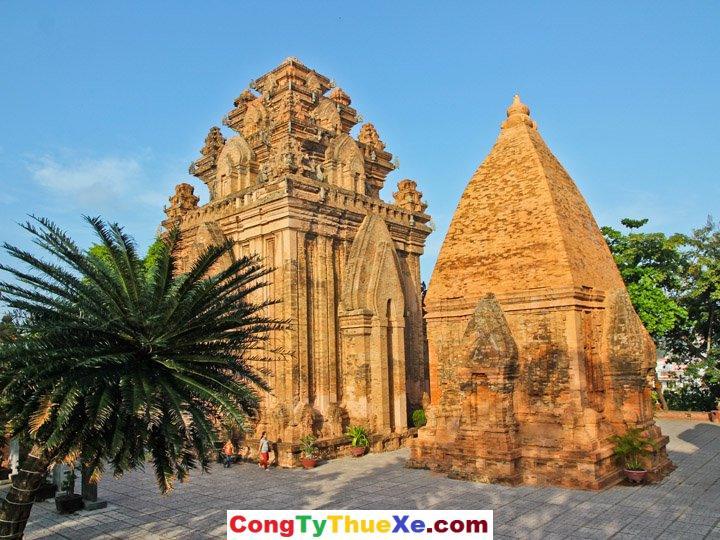 Khu tháp Bà Nha Trang