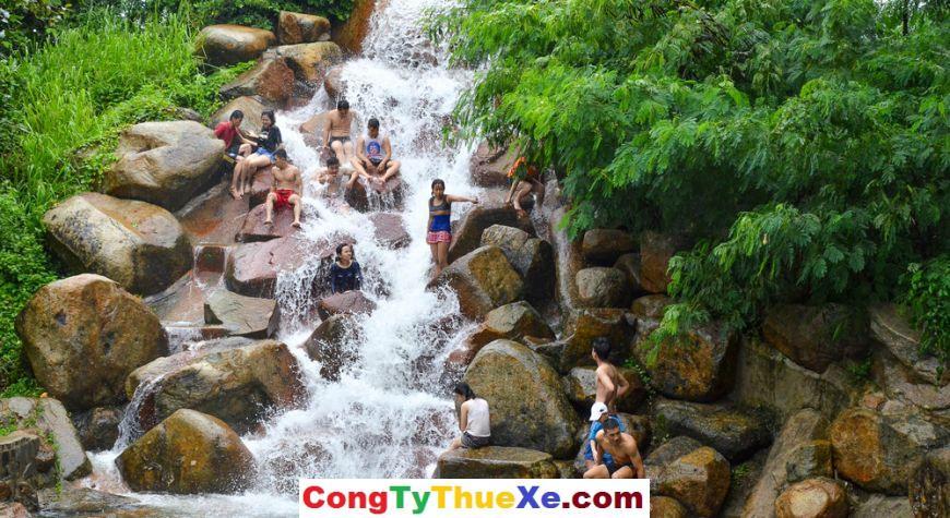 Thác nước ở Thủy Châu