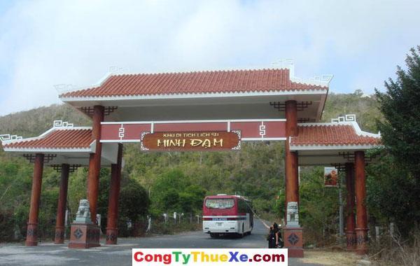 Thuê xe đi Núi Minh Đạm Long Hải