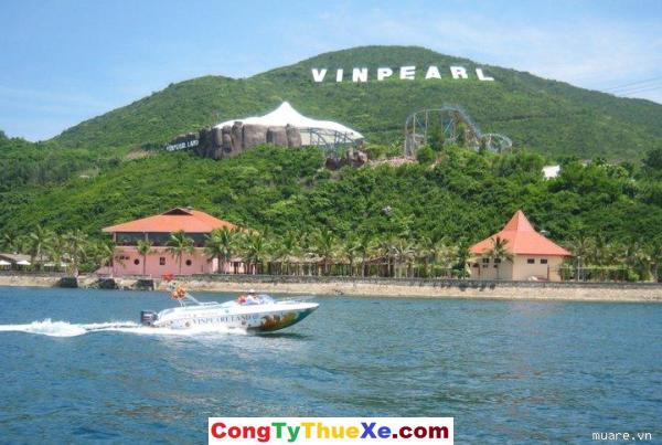 Thuê xe đi Nha trang Vinpearl Land