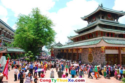 Thuê xe du lịch Miếu Bà Châu Đốc An Giang