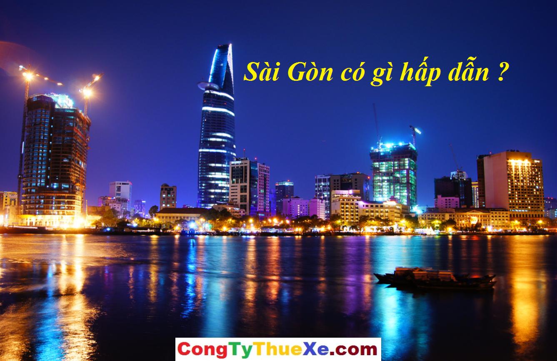 Thuê xe tham quan Sài Gòn