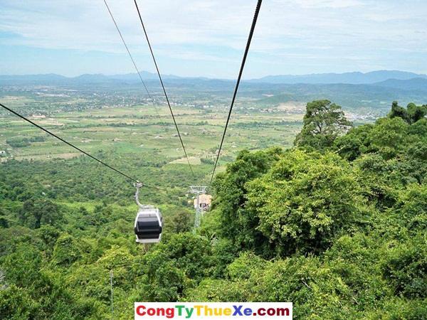 cáp treo du lịch núi Chứa Chan Gia Lào