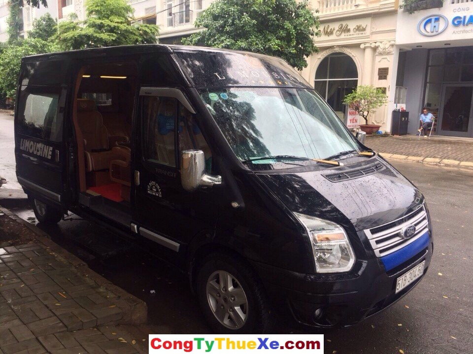 Thuê xe limousine giá rẻ (2)