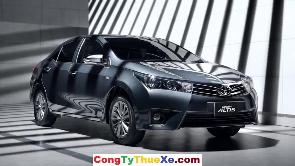 Thuê xe 4 chỗ Toyota Altis ở TP.HCM