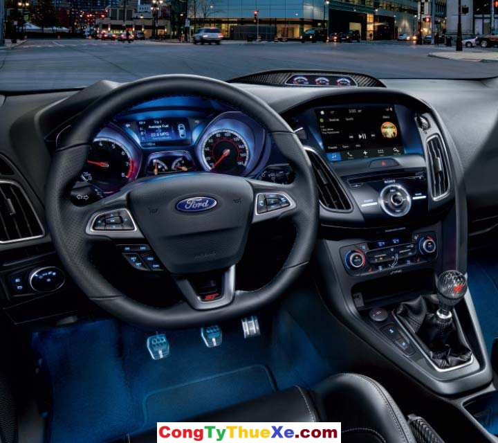 Ford Focus 2018 (3)