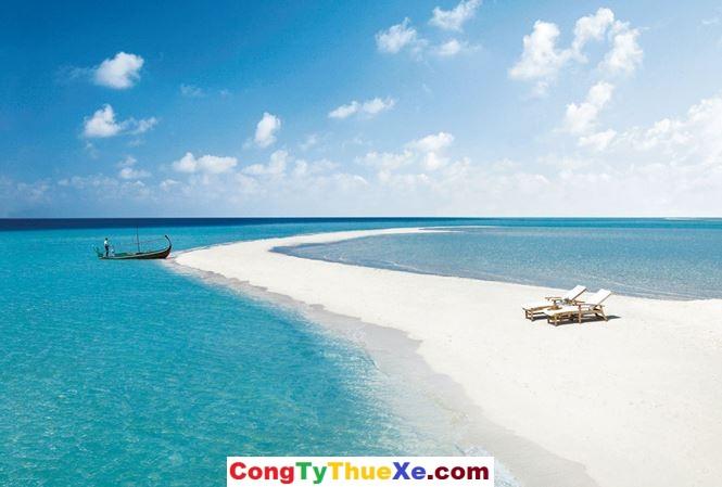Thuê xe đi biển Mỹ khê Đà Nẵng