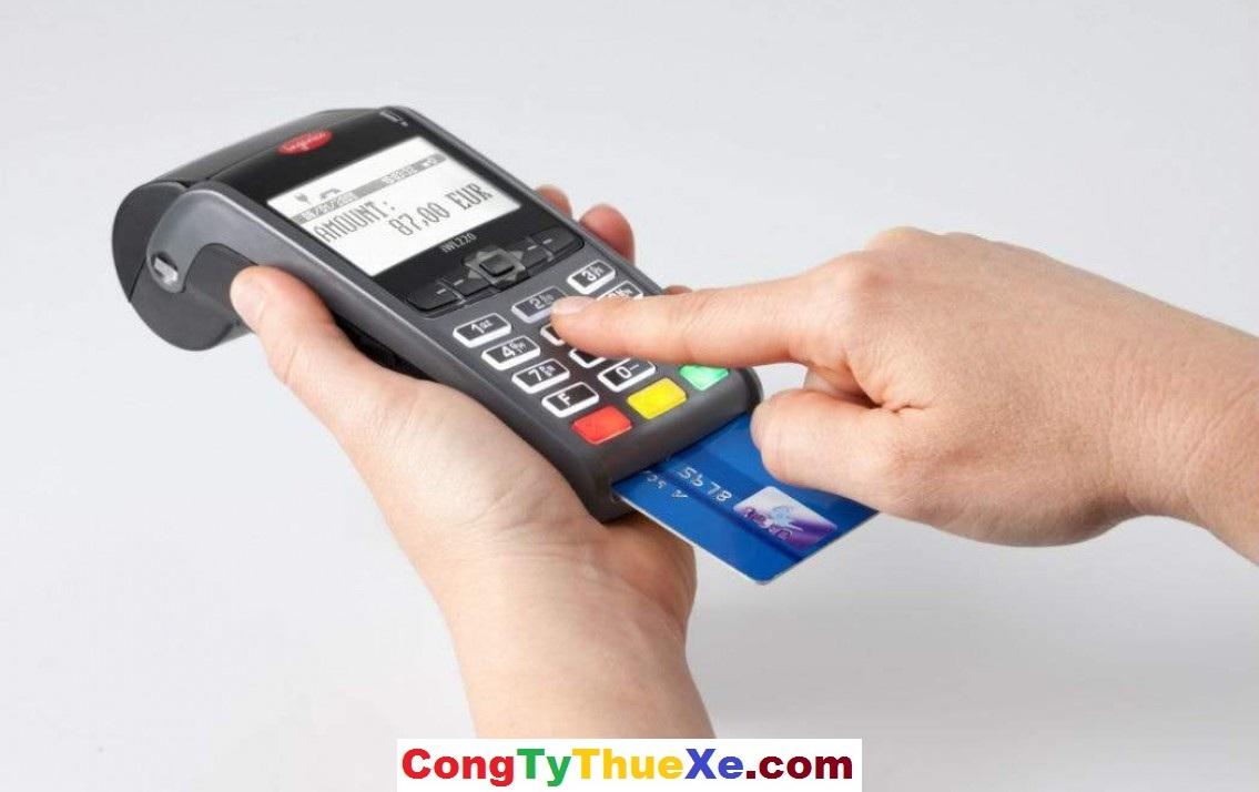 Thuê xe thanh toán bằng thẻ tín dụng
