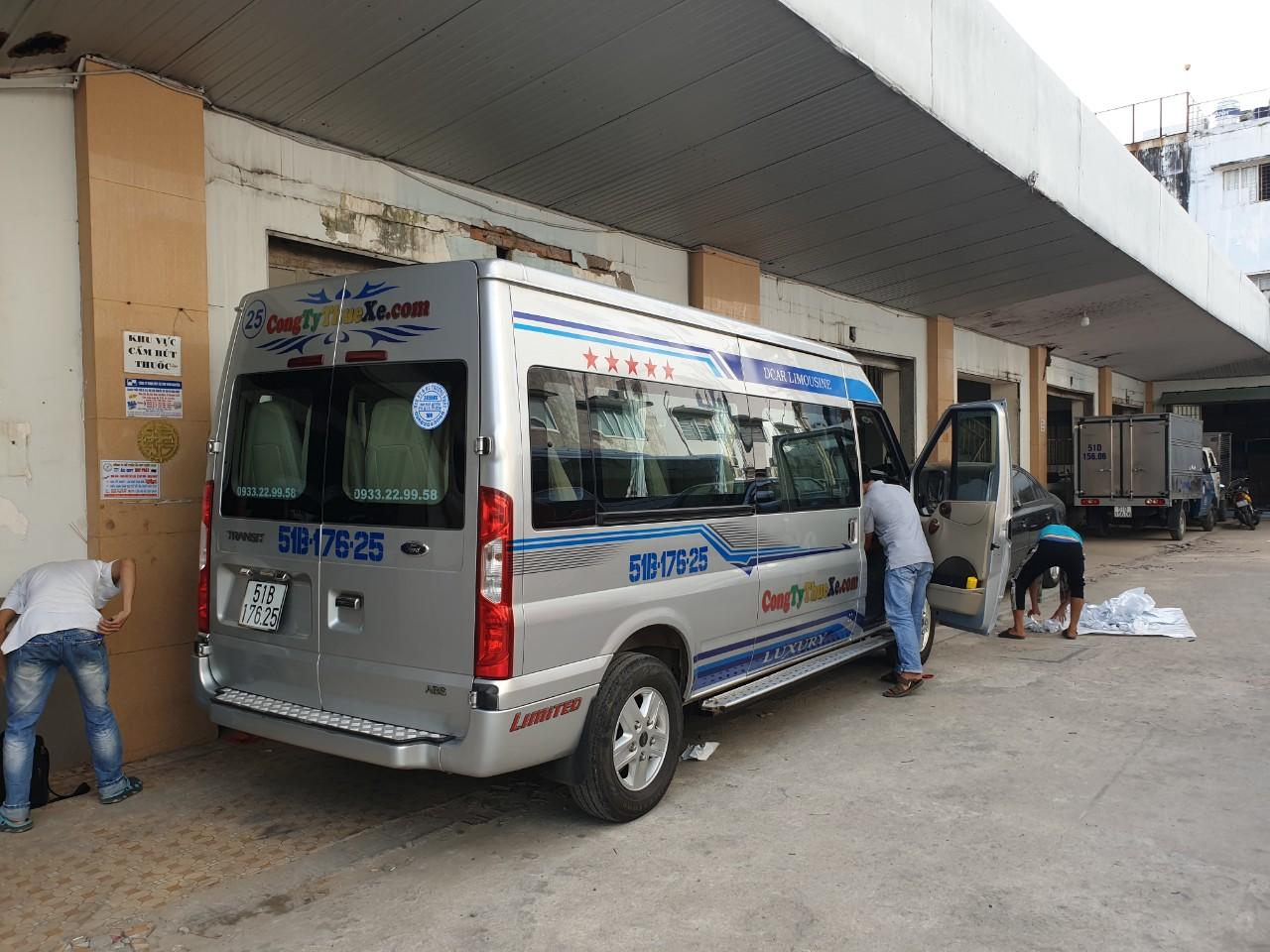Thuê xe 16 chỗ đi Nha Trang