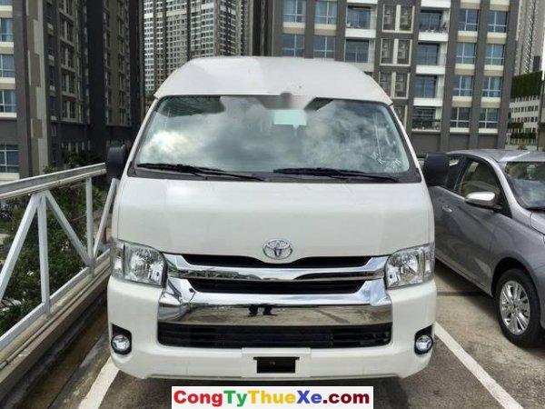 Thuê xe Toyot Hiace theo tháng (2)